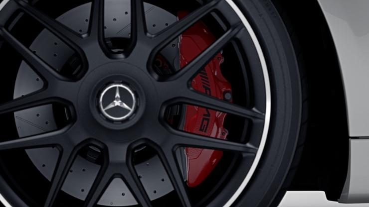 Высокоэффективная тормозная система AMG с исп. композитных материалов