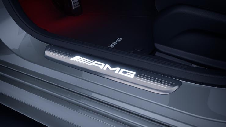 """Накладки на пороги с надписью """"Mercedes-Benz"""", с подсветкой"""