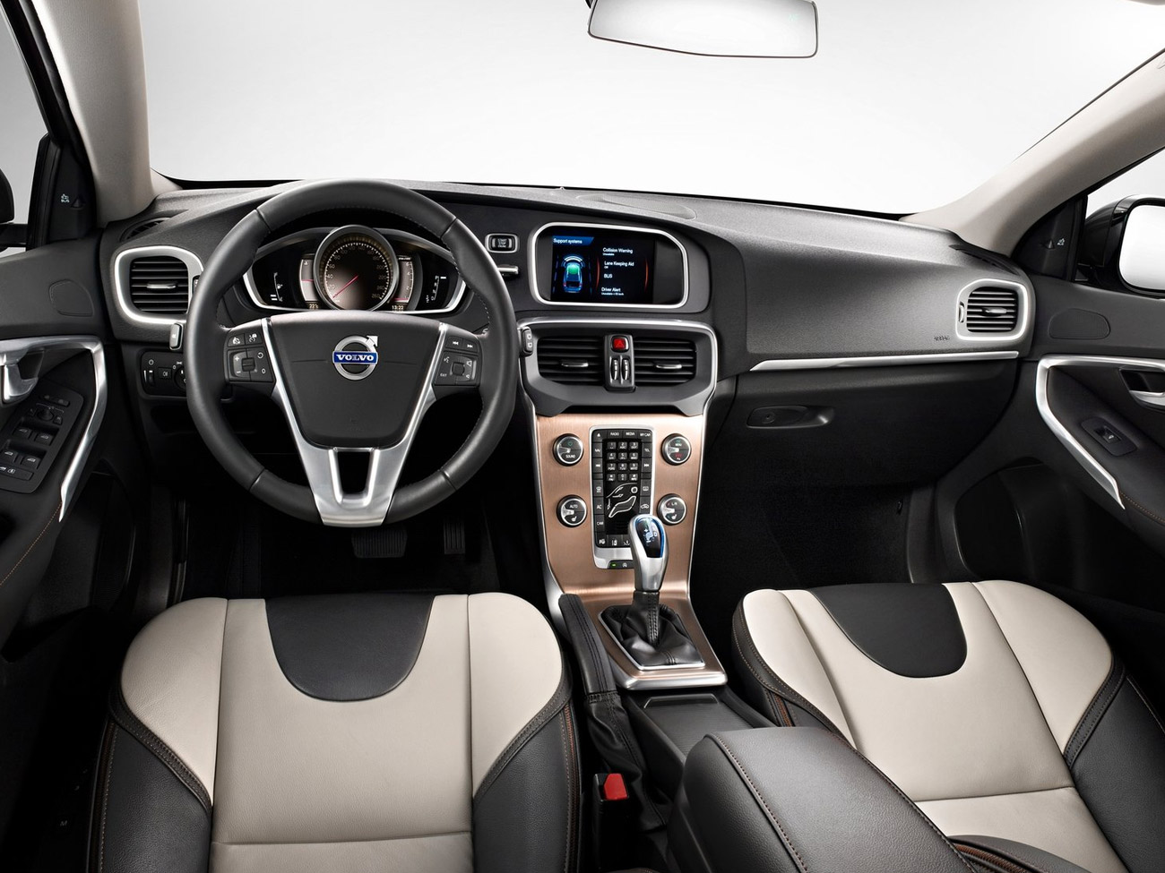 Volvo V40 Cross Country хэтчбек