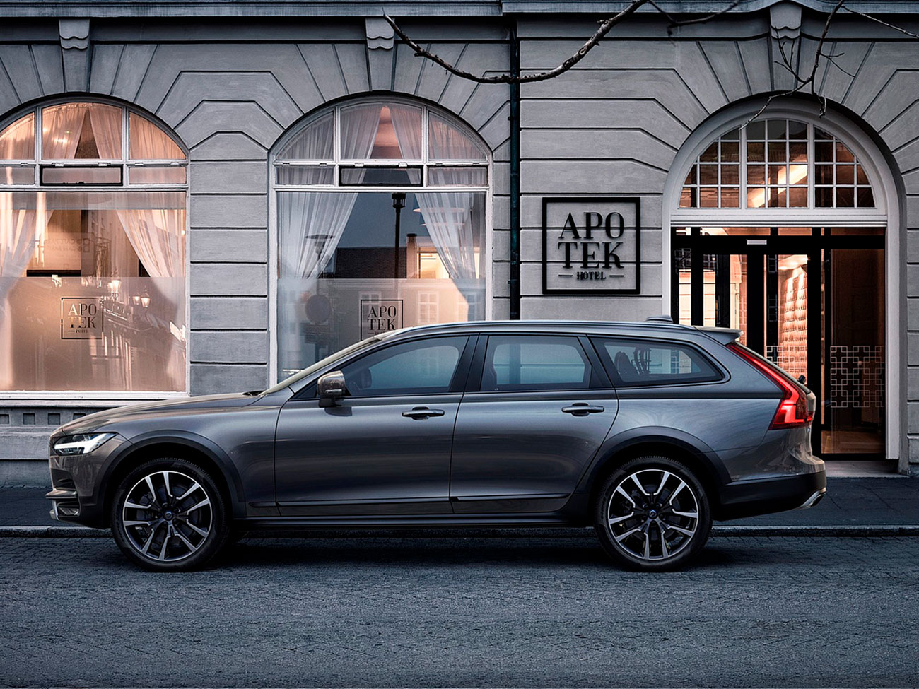 Volvo V90 Cross Country универсал