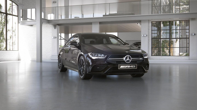 Mercedes-Benz CLA седан (CLA 35 AMG)
