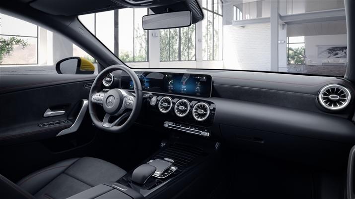 Mercedes-Benz CLA Седан (CLA 200)